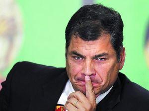 Duro-Rafael-Correa-funcionarios-mercantilistasreuters_CLAIMA20120926_0043_8